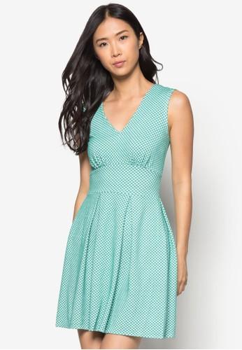 點esprit 內衣點V領連身裙, 服飾, 洋裝