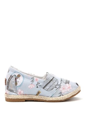 KissXXX 藍色 花鳥蝴蝶圖樣美腿效果5CM內增高帆布休閒鞋 KI603SH09OFATW_1