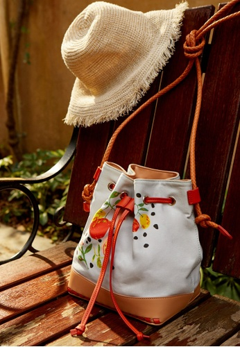 d6e8123f7f079 Buy Pomelo Artist Collab Bucket Bag - Light Grey Online