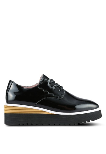 House of Avenues black Smiley World Oxford Shoes With Detachable Emotion Tassels HO685SH0RRAJMY_1