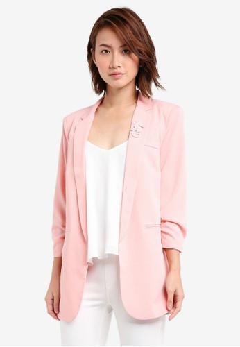 ZALORA pink Scrunch Sleeve Blazer 20177ZZF9D00FCGS_1