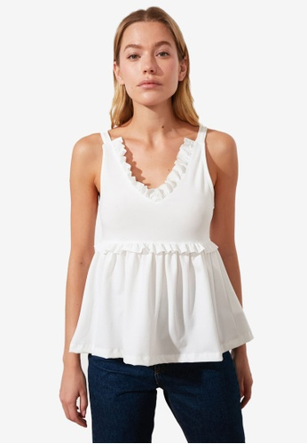 Trendyol white Frilly V Neck Babydoll Top FAC9FAAAA13CAEGS_1