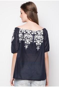 Amanda Embroidered top