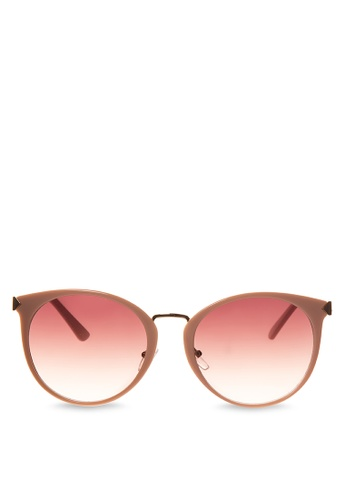 Caoros beige The Lucky One Sunglasses CA288GL38KHLPH_1