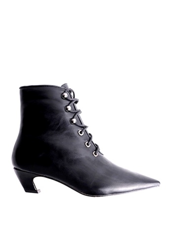 Twenty Eight Shoes black Pointed Toe Lace Up Mid Boots VB1002 A7082SHFFA30BEGS_1