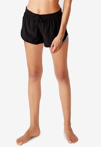 Cotton On Body black Move Jogger Shorts CO418AA00VNVSG_1
