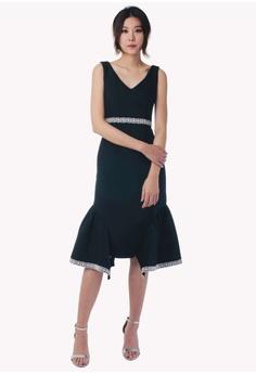 b4df161de8f 30% OFF Nichii Double Ruffle Drop Hem Dress RM 149.90 NOW RM 104.90 Sizes S  M L