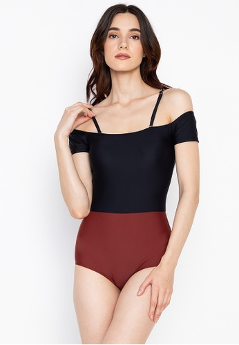 Chase Fashion black and red Color Block Swimsuit with Sleeves and Strap 43D64USF4A9706GS_1