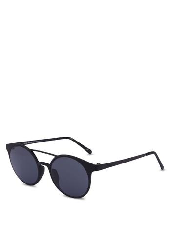 Le Specs black Demo Mode Le Tough 1602171 Sunglasses 13C7FGL1F00915GS_1