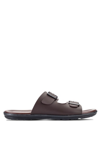 Louis Cuppers brown Buckle Sandals LO977SH15RDSMY_1