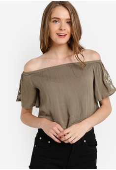 harga Embroidered Off Shoulder Top Zalora.co.id