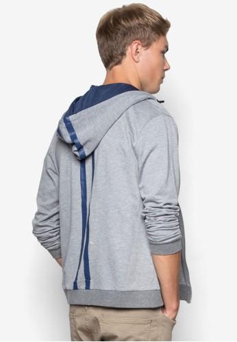 背部條紋連帽拉鍊外套、 服飾、 外套24:01背部條紋連帽拉鍊外套最新折價