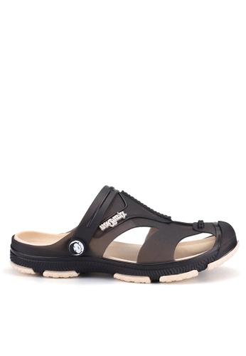 Twenty Eight Shoes black Waterproof Jelly Rain and Beach Sandals VMR1721 22A14SHE7B08B5GS_1