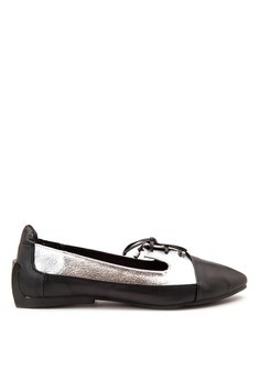 Flat Shoes with String