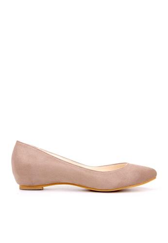 KissXXX 褐色 小心機美腿效果內增高2.5CM淺口尖頭平底休閒鞋 KI603SH09MTMTW_1