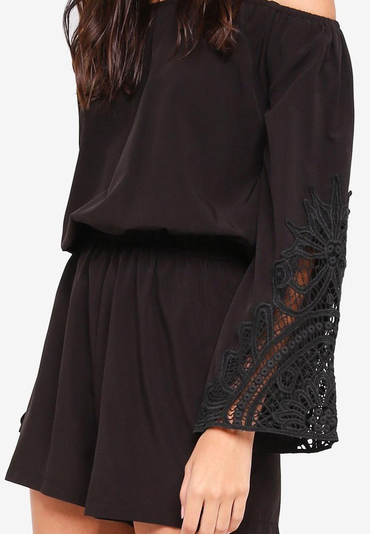 Black Shoulder Borrowed Something Lace Romper Off Panel CqYxfxwA