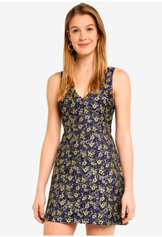 50accb46310 Miss Selfridge black Black Floral Jacquard Mini Dress DE4DEAAA866CF2GS 1