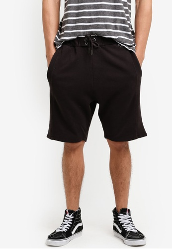 Cotton On black Customised Jogger Shorts CO372AA07JQUMY_1