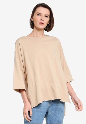 niko and ... beige High Low Hem T-Shirt 3FA5CAAE10B831GS_1