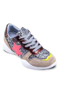 3cafebbab45e Te Chi-Chi Korean Star Sneakers RM 229.90. Sizes 35 36 37 38 39