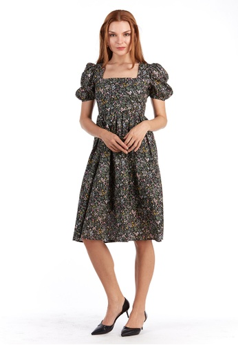 What To Wear black Square Neck Floral Dress in Black FEFE8AA37623C4GS_1