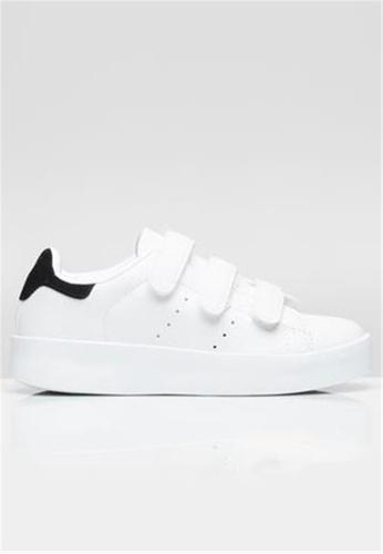 Crystal Korea Fashion 白色 韓國新款舒適休閒鞋 CR681SH17MHYHK_1