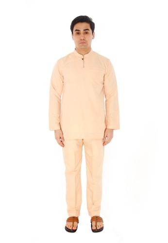 Amar Amran brown Baju Melayu Gumbae 46103AA4B59D9DGS_1