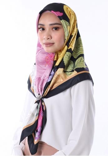 Al Hayaah Brunei black and multi Exclusive Reverie 471DBAA4A9F699GS_1