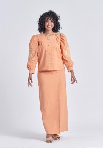 Soonaru orange Aida Sherbet Orange Kurung C6F4EAAF35ED82GS_1