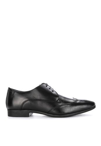Burton Menswear London black Borrow Wingcap Shoes 44CFBSH212B8D0GS_1