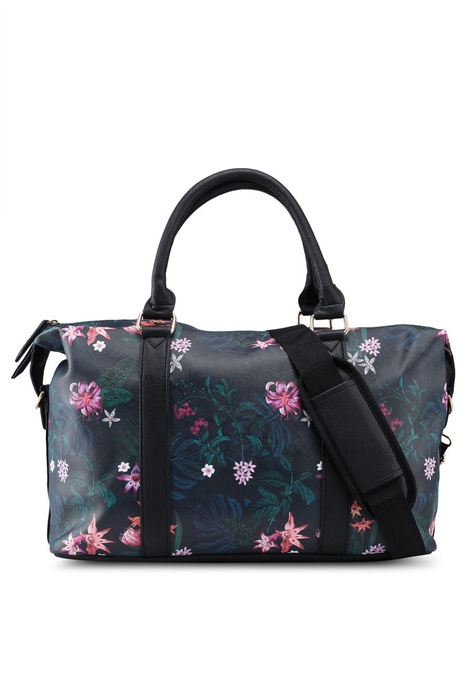 Buy Travel Bags For Women Online   ZALORA Malaysia   Brunei 250ad0b99a