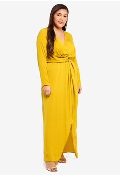 0d204b87a33f2 40% OFF MISSGUIDED Plus Size Wrap Knot Front Dress RM 269.00 NOW RM 160.90  Sizes 18