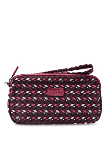 Bagstationz red Printed Crinkled Nylon Wristlet Pouch 87052AC5582BFFGS_1