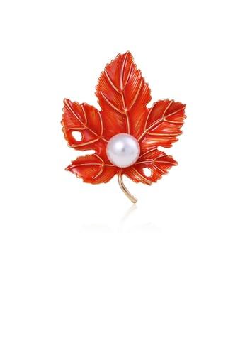 Glamorousky white Fashion Simple Plated Gold Maple Leaf Imitation Pearl Brooch 91A23AC6B7CC71GS_1