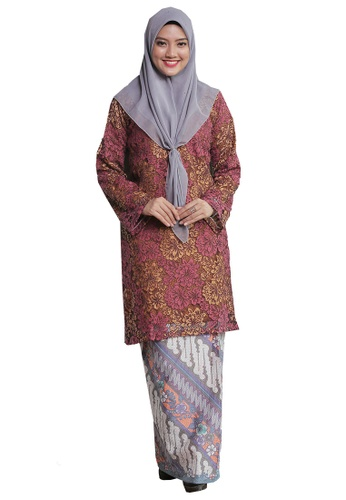 Kurung Pahang Menanti Kepulangan 07 from Hijrah Couture in Purple