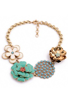 Stella and Dot Happy Flower Statement Necklace
