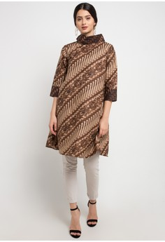 25% OFF Batik Martha Ivanka Tunic Rp 365.000 SEKARANG Rp 273.750 Ukuran S L  XL f225d44128