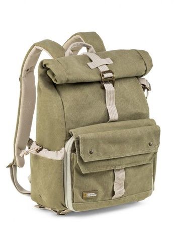 National Geographic brown NG 5168 Earth Explorer Small Backpack for CSC DAD69AC3628898GS_1