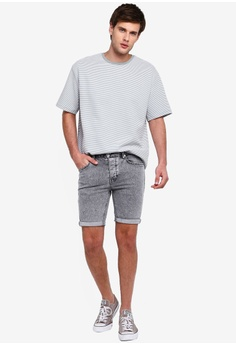 8153d33e95869 41% OFF Topman Grey Skinny Acid Washed Shorts S$ 69.90 NOW S$ 40.90 Sizes  28 30 32 34