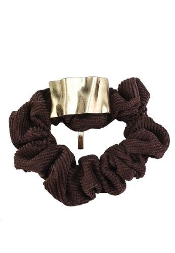 GLOBAL WORK beige Ribbed Hair Scrunchie 571D2ACA057439GS_1