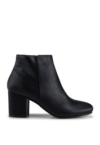 VANESSA WU black Ivy Block Heel Ankle Boots 1D38DSH2FD1C9EGS_1