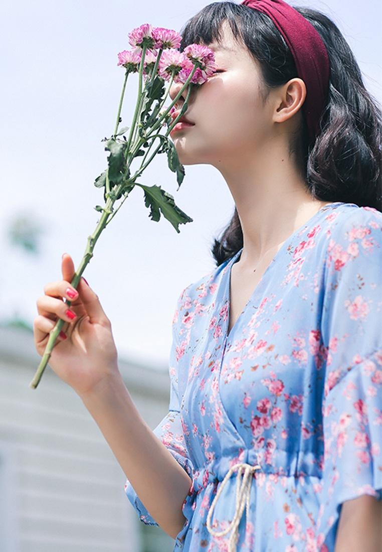 Blue Floral Dress Shopsfashion in Flare Midi Blue qqwY8Zn