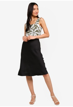 c6e19ef9cc Dorothy Perkins Black Satin Bias Skirt RM 159.00. Available in several sizes