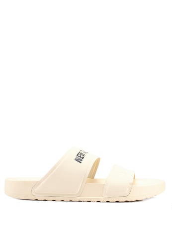 New Balance beige Lifestyle Sandals 9E0F3SH8991132GS_1
