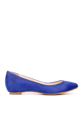 KissXXX 藍色 小心機美腿效果內增高2.5CM淺口尖頭平底休閒鞋 KI603SH09MTLTW_1