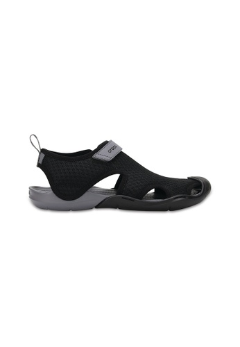 Crocs black Women's Swiftwater Mesh Sandal Blk B0293SH27B7867GS_1
