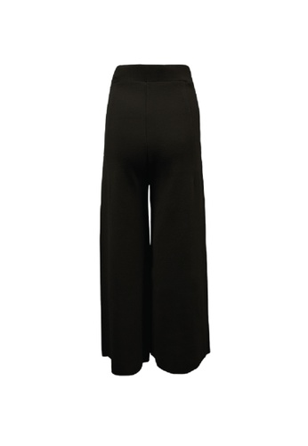 Universal Traveller black Universal Traveller Loose Fit Knitted Pants - FPW 9175 AA5D2AAEAF86B5GS_1