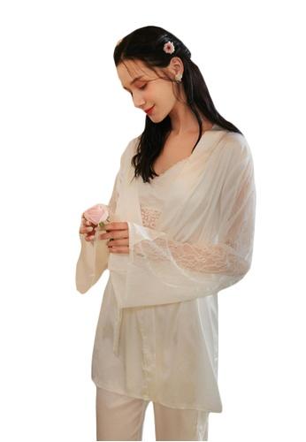 LYCKA white LML1297-Lady Lace Pajamas Three Pieces Set-White 1BAEBAA0F8AB63GS_1