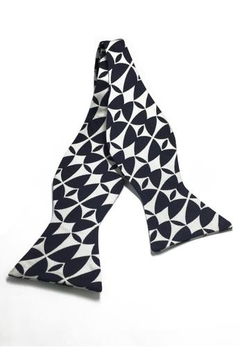 Splice Cufflinks Manual Series White & Black Patterned Self-tied Man Made Silk Bow Tie SP744AC51KYMSG_1