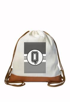 Drawstring Bag Monochrome Sporty Initial Q